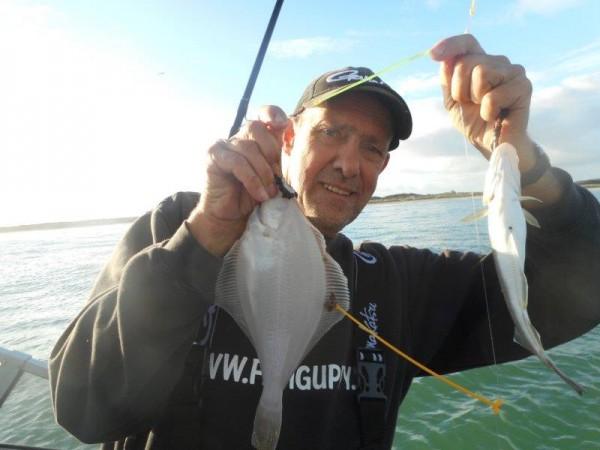 Met eigen bootje in de Voordelta vissen, met Frank