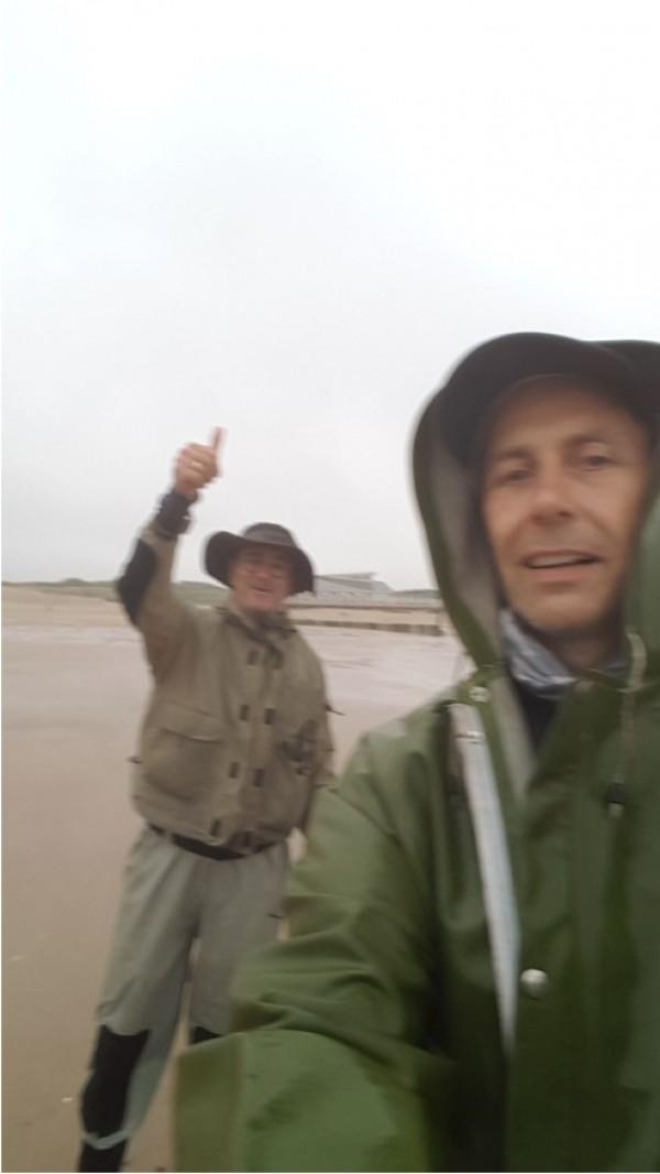 Frank en Cis, vissen aan Cadzand