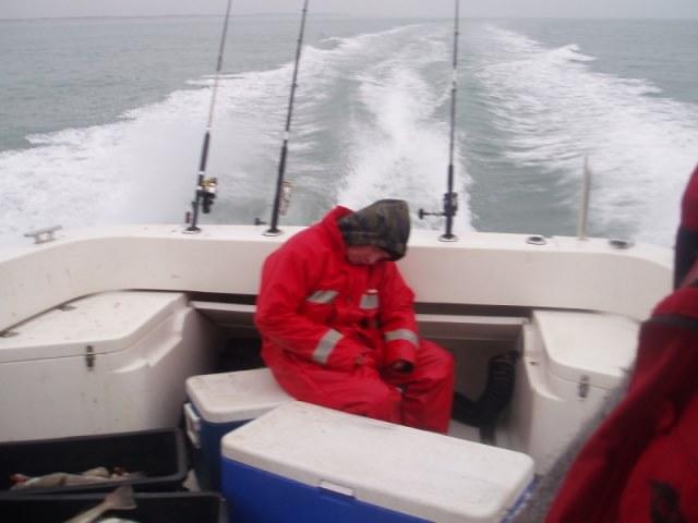 Rover-seafishing op de wrakken