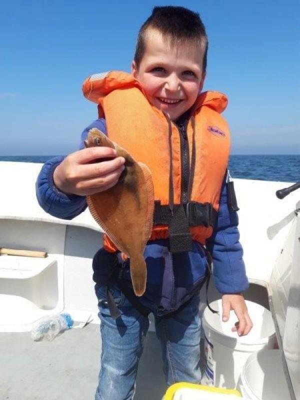 Tom en zonen, vissen aan de R1
