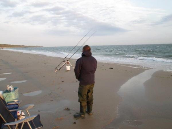 2 Limburgers vissen aan Zoutelande/Waterweg