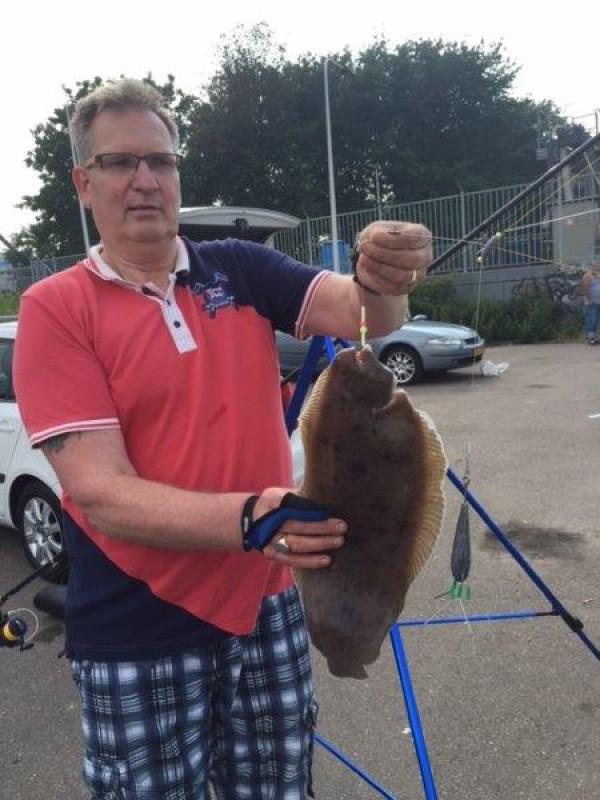 Ron en schoonvader, tongvissen op de Waterweg