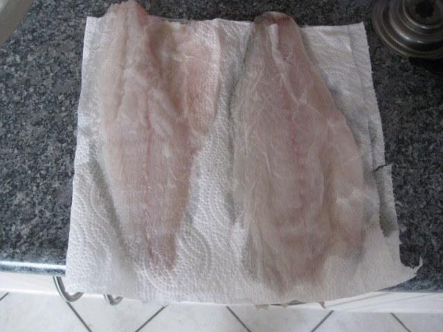 Op de huid gebakken Zeebaars